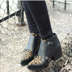NWT Sam Edelman Circus Leopard Fur Leather Boots.